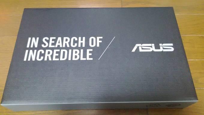 ASUS X205TA の外装(箱)の画像